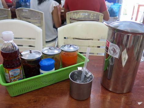 Lo que hay en una mesa común de Tailandia.