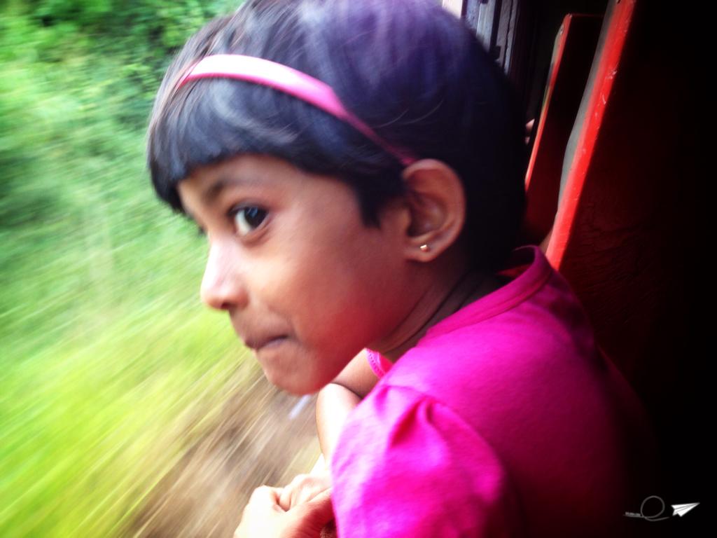 La pequeñaja que me alegró el viaje