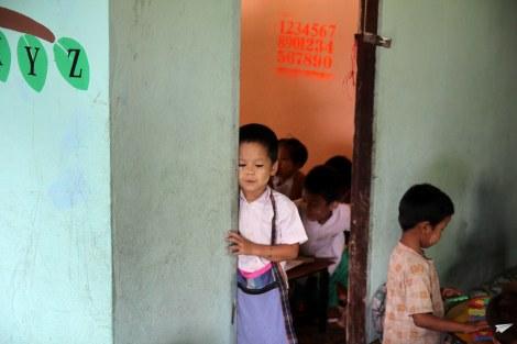 Niños Chicken School Colabora Birmania