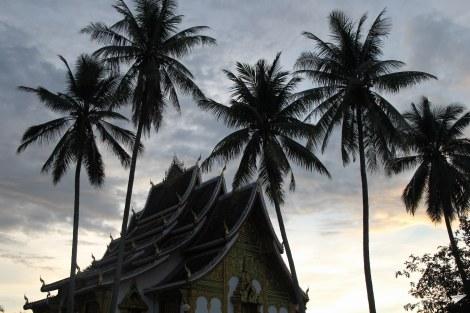 Paseo por Luang Prabang al atardecer