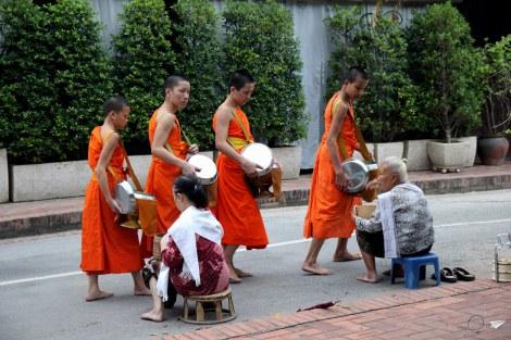 Luang Prabang ofrenda almas