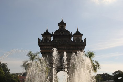 Patuxay Vientian