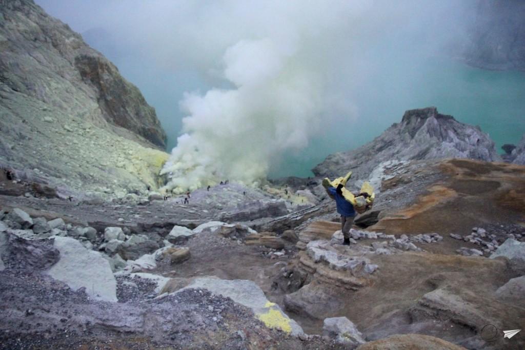 Azufre Kawah Ijen Indonesia