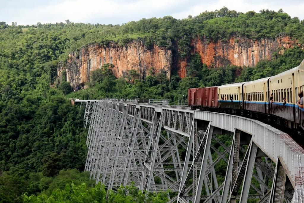 viaje-tren-myanmar